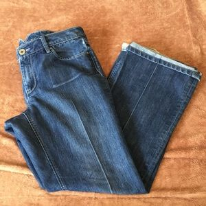 Pleated flared jeans